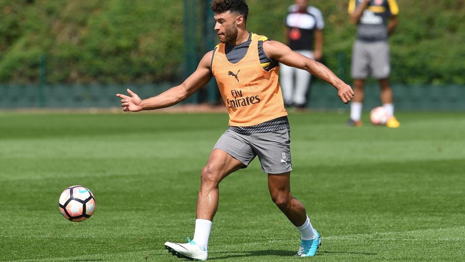 Arsenal midfielder Oxlade-Chamberlain: Winning FA Cup can rescue season