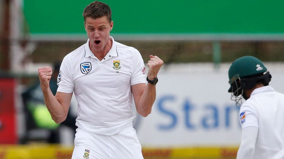 Proteas strike, Bangladesh stumble at tea