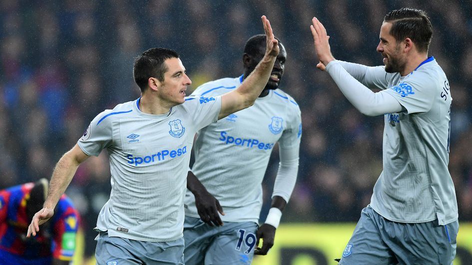 Everton struggles to draw with last-place Crystal Palace