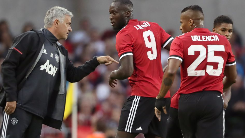 Wayne Rooney sends message to Man United fans about Jose Mourinho