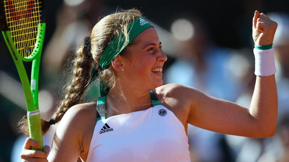 Ostapenko blazes past Bacsinszky to reach French final